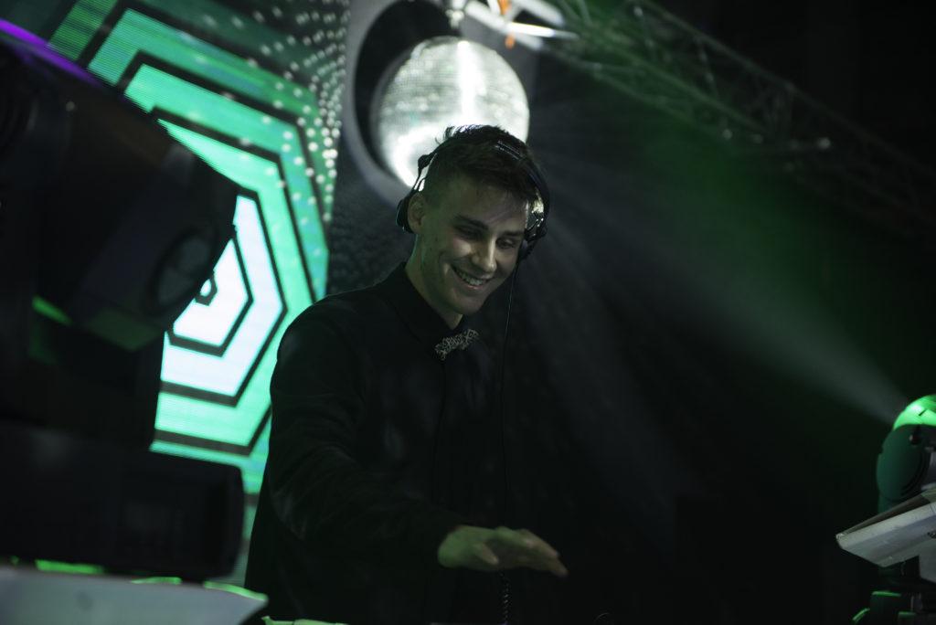 god is a DJ!